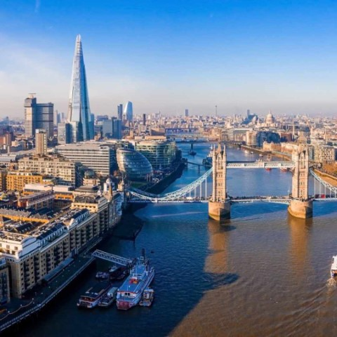 Picture of city of London at daytime